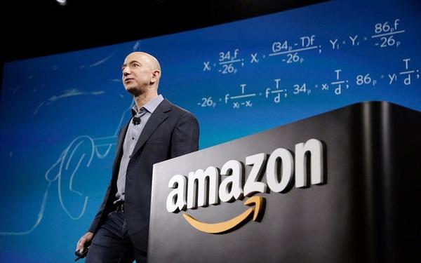 Tỷ phú Jeff Bezos lập kỷ lục khi kiếm được 13 tỷ USD một ngày