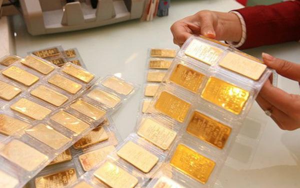 Giá vàng tiếp tục tăng phi mã, lên sát mốc 55 triệu đồng/lượng