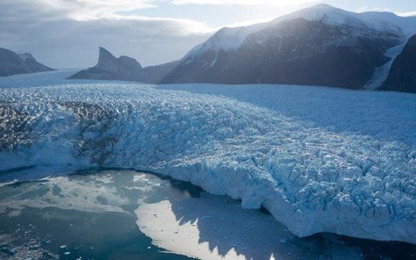Đợt sóng nhiệt lớn tại Siberia khiến biển băng Bắc Cực tan với tốc độ đáng lo ngại