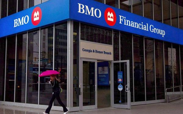 Các ngân hàng lớn nhất Canada đồng loạt tham gia phong trào tẩy chay Facebook