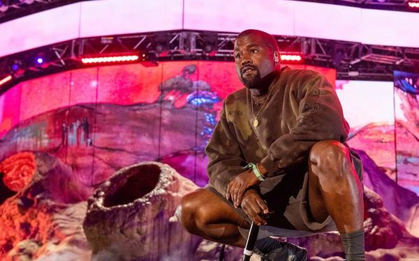 Kanye West – rapper vừa tuyên bố tranh cử tổng thống Mỹ giàu có như thế nào?