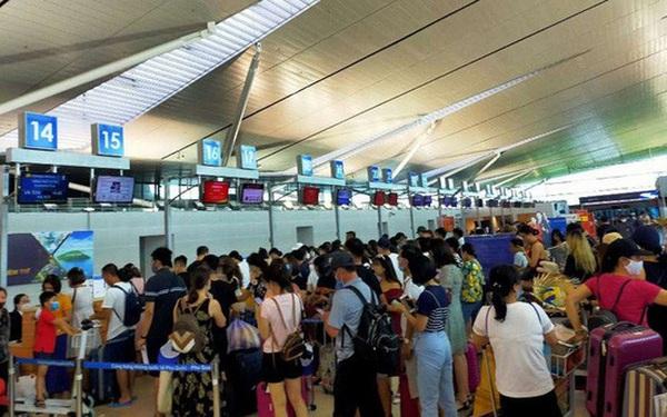 Hơn 240 người Việt từ Đài Loan về sân bay Tân Sơn Nhất