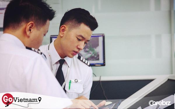 """Tự nhận là travel blogger ngẫu hứng, """"cơ trưởng đẹp trai nhất Việt Nam"""" Quang Đạt: Ít bãi biển nào trên thế giới sánh ngang với biển ở Cam Ranh và bờ phía Đông của Phú Quốc"""