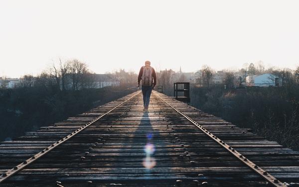 """""""Hội chứng nỗi buồn Millennials"""": Thế hệ cô đơn nhất, kể cả không vui khi kiếm được nhiều tiền..."""