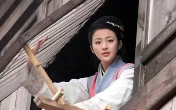 Cửa sổ giấy thời Trung Hoa cổ đại mỏng manh như thế, người xưa đã làm gì để bảo vệ sự riêng tư của bản thân?