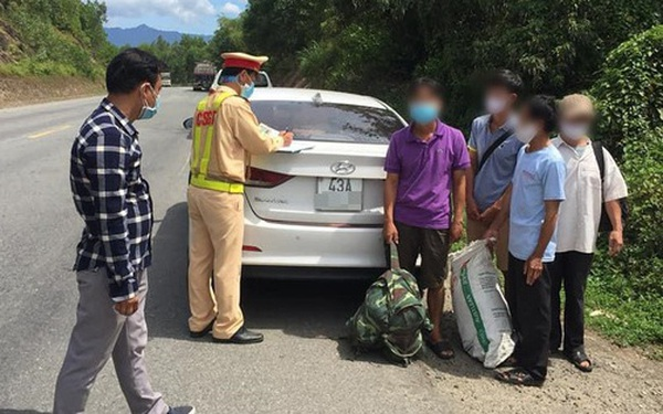 Đà Nẵng: Phát hiện ô tô nhận chở 4 công nhân trên đường trốn về Quảng Trị