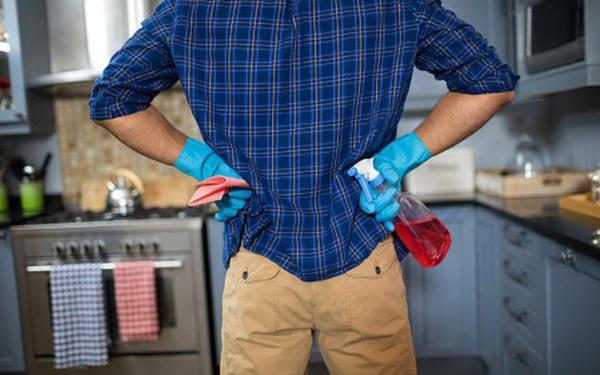 Đàn ông chăm làm việc nhà giúp vợ hơn trong mùa dịch Covid-19