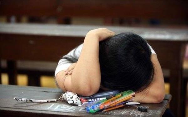 """An ủi học sinh trượt nguyện vọng 1 vì thiếu 0,25 điểm, thầy giáo gửi tâm thư: """"So với Edison, cú ngã ngựa hôm nay của em, không là gì"""""""