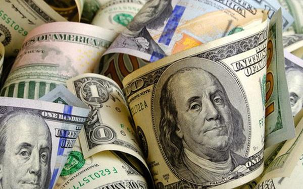 Economist: Người dân tăng cường tích trữ tiền mặt trong đại dịch Covid-19