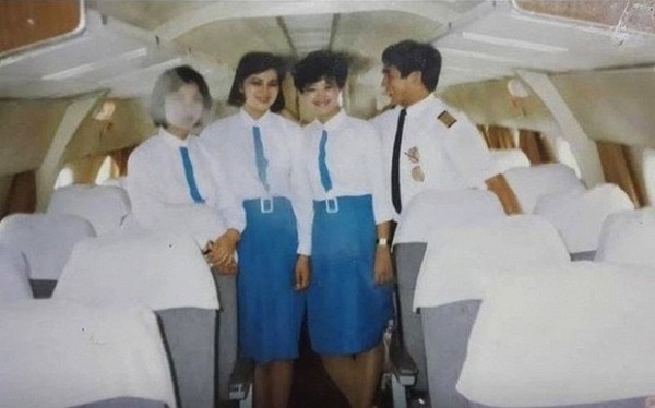 Trải qua 5 lần thay đổi đồng phục tiếp viên, Vietnam Airlines từng lọt Top 10 trang phục hàng không đẹp nhất thế giới và được nhận xét là ngày càng tinh tế, dịu dàng