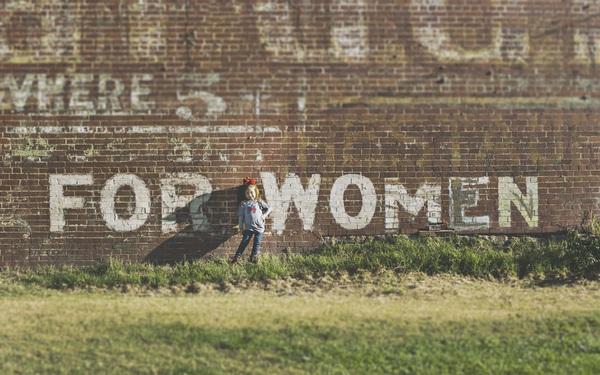 Một phụ nữ đã ly hôn 10 năm, dùng kinh nghiệm cả đời để nhắc nhở những phụ nữ đã kết hôn