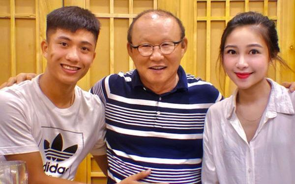 HLV Park Hang-seo được vinh danh đặc biệt, tuyển thủ Việt Nam gạ thầy khao to