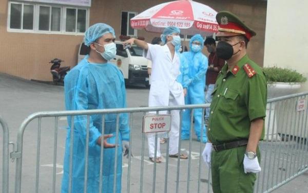 Đã tìm thấy người lái ô tô chở bệnh nhân mắc COVID-19 tại Hà Nội