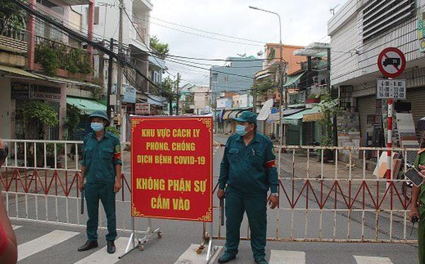 Phong tỏa khu vực bệnh nhân 595 cư trú, khoảng 900 nhân khẩu bị cách ly tại chỗ