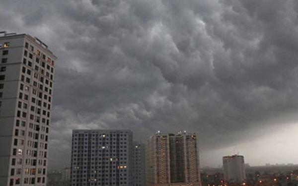 Xuất hiện vùng áp thấp mới trên Biển Đông, Hà Nội cảnh báo mưa lớn, có lốc, sét trong những giờ tới