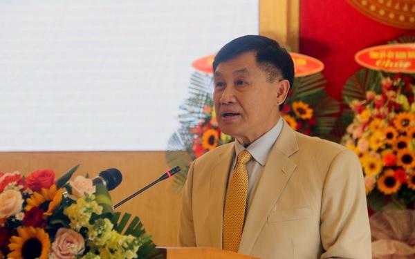 """""""Vua hàng hiệu"""" Johnathan Hạnh Nguyễn tài trợ 5 triệu USD lập quy hoạch Khu kinh tế Vân Phong"""