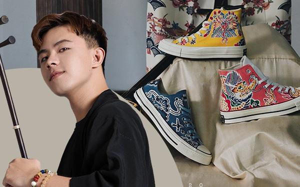 Chàng trai 9x gây xôn xao MXH vì nghề vẽ hoa văn truyền thống lên giày nhưng lý do sau niềm đam mê mới khiến ai nấy bất ngờ