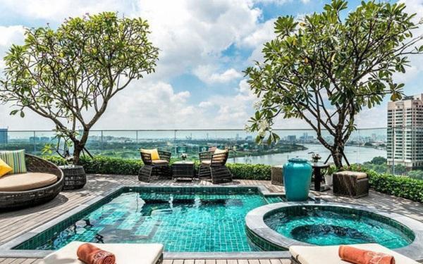 Khách sạn 4 sao có hồ bơi, view ngắm cảnh đêm Sài Gòn được rao bán với giá bất ngờ