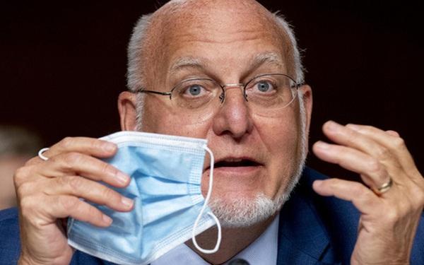Giám đốc CDC Mỹ khẳng định: Khẩu trang sẽ chống dịch hiệu quả hơn vaccine