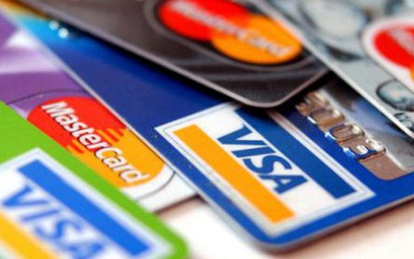 TS.Cấn Văn Lực: Visa, Mastercard giảm phí sẽ có lợi cho cạnh tranh và giữ vị thế