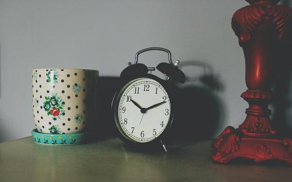 Mất thời gian cho chuyện vặt, mối quan hệ tầm thường, bạn chẳng còn khoảng trống cho việc lớn: Quản lý thời gian giỏi tạo nên những người xuất chúng!