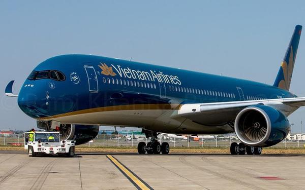 Tháo cả ghế máy bay Vietnam Airlines để tìm nhẫn kim cương giá trị lớn do khách đánh rơi