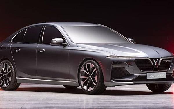 VinFast bán hơn 4.500 xe trong tháng 12, doanh số hai dòng xe Lux cùng tăng vọt
