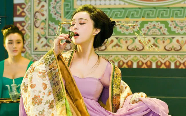 Là một trong Tứ đại mỹ nhân Trung Hoa cổ đại, Dương Quý phi có được sủng ái ngất trời nhưng tại sao vĩnh viễn không thể trở thành Hoàng hậu?