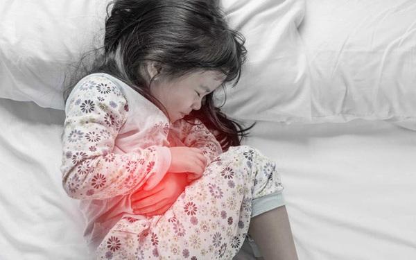 13 tuổi đã ung thư dạ dày: Cẩn thận với loại vi khuẩn có thể lây khi ăn chung mâm, chung bát
