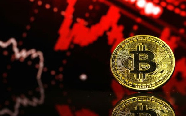 Bitcoin rơi hơn 10% trong tuần này, tình trạng bán tháo mạnh làm dấy lên những câu hỏi về tính bền vững của đồng tiền số giá trị nhất thế giới