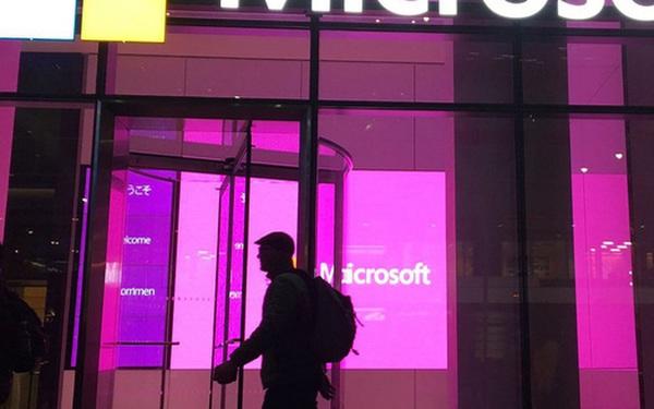 Microsoft thắng đậm