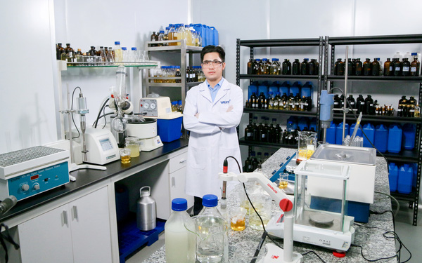 Khẩu trang y tế có khả năng diệt Virus Corona 99% đầu tiên trên thế giới được phát minh bởi người Việt: Sức mạnh kì diệu của niềm tin và lòng tự tôn dân tộc!