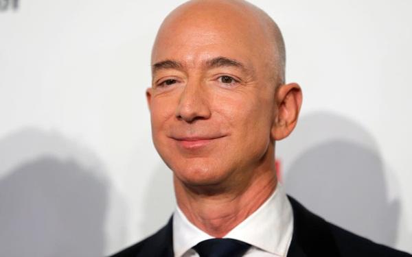 Tại sao người giàu nhất hành tinh Jeff Bezos chẳng bất ngờ với kết quả kinh doanh tốt và chỉ đưa ra 3 quyết định mỗi ngày?