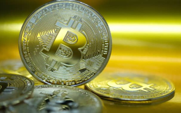 CNBC: Giá Bitcoin vượt ngưỡng 35.000 USD, xác nhận kỷ lục mới