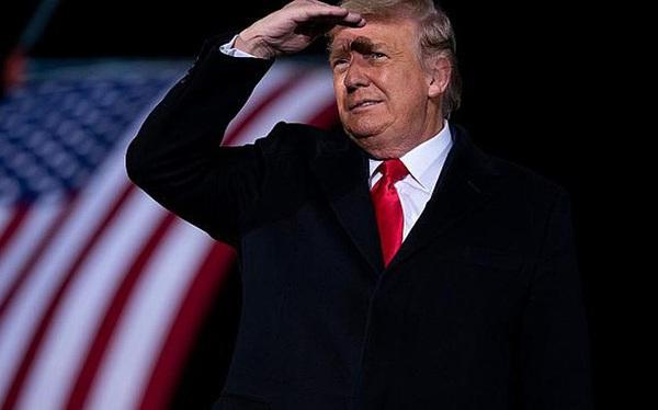 Giữa lúc Mỹ chìm trong bất ổn, Iraq bất ngờ phát lệnh bắt Tổng thống Donald Trump