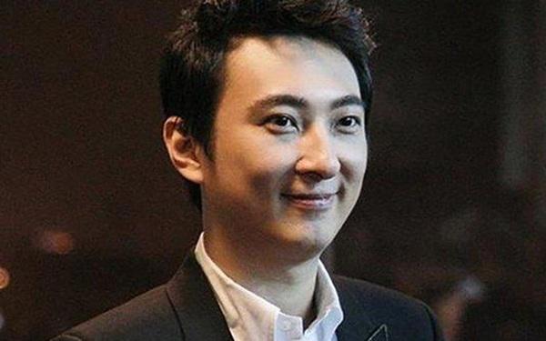 """""""Cậu cả"""" khét tiếng Vương Tư Thông: Con nhà giàu """"vượt sướng"""", từ chối nối nghiệp ở một trong những tập đoàn lớn nhất Trung Quốc để đi khởi nghiệp với eSport"""
