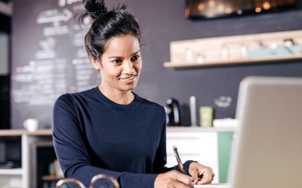Hầu hết các khóa học trực tuyến đều tốn tiền và tốn thời giờ của bạn: Những người xuất sắc chưa chắc đã là giáo viên giỏi!