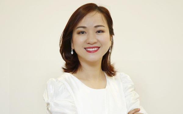 """Học vấn xuất sắc, tiếp quản ghế CEO thành công từ mẹ, trở thành """"bóng hồng"""" quyền lực thứ hai tại SeABank"""