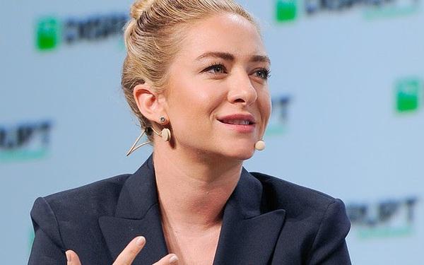 """Sự nghiệp ly kỳ của nữ tỷ phú trẻ nhất giới kỳ lân công nghệ: Đồng sáng lập Tinder, nộp đơn kiện quấy rối tình dụng và rời khỏi Tinder, tạo ra đế chế hẹn hò tỷ đô mới """"Bumble"""""""