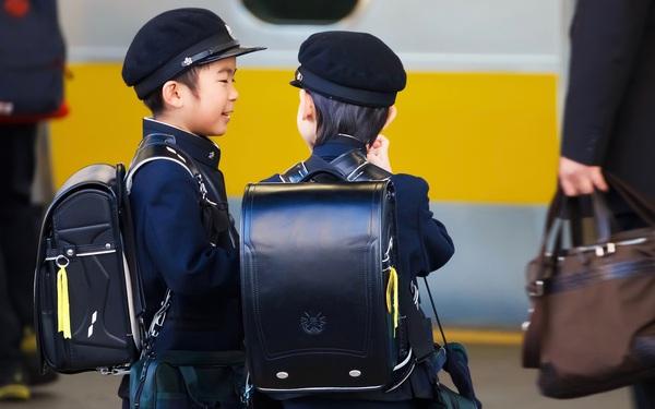 """Bí quyết người Nhật giáo dục trẻ em vững vàng, tự chủ, nói """"Không"""" với mè nheo, làm phiền người khác"""