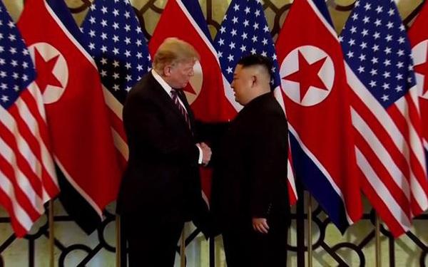 Hé lộ đề nghị chưa từng có của ông Trump với ông Kim Jong-un