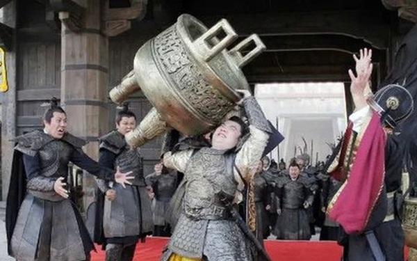 3 vị hoàng đế qua đời kỳ quặc nhất lịch sử Trung Hoa: Người chết vì khoe khoang thể lực hơn người, kẻ qua đời vì dọa giết đầu bếp