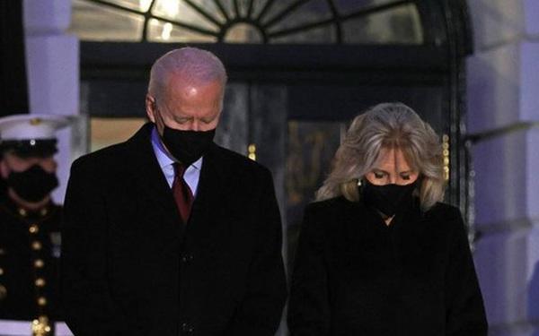 Tổng thống Mỹ Joe Biden dự lễ tưởng niệm nạn nhân COVID-19