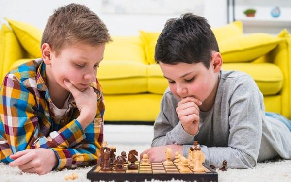 Hết Ba Lan đến Ấn Độ đưa Cờ Vua vào chương trình giảng dạy: Nghiên cứu chỉ ra trẻ em chơi cờ dám chấp nhận rủi ro hơn bạn cùng lứa