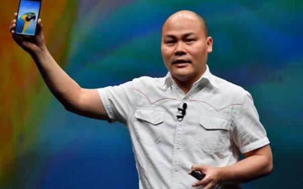 CEO Tử Quảng khoe ảnh chụp đêm bằng Bphone, không tiện nêu tên 2 đối thủ là hãng A và hãng G