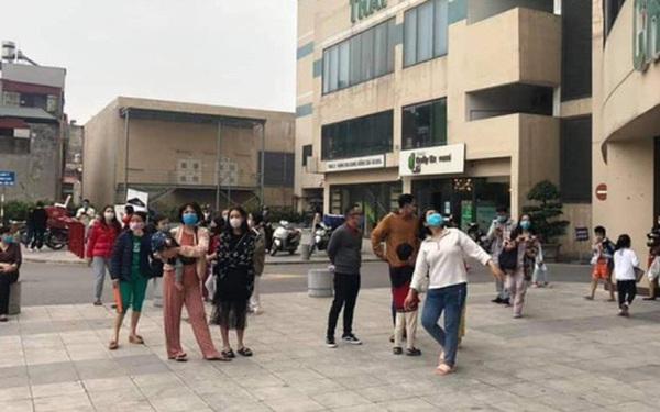 Hà Nội: Cháy chung cư Mipec Long Biên, người dân hốt hoảng tháo chạy