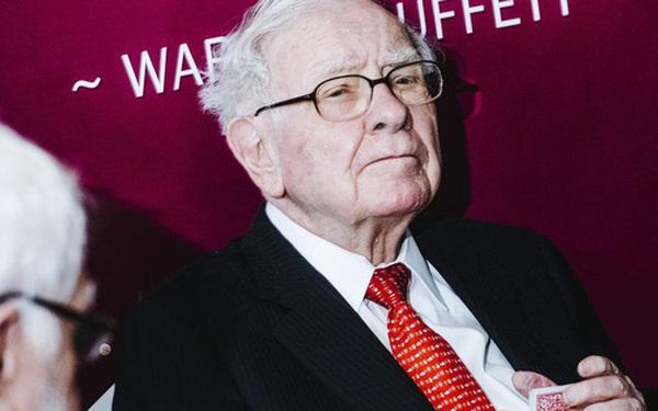 Im hơi lặng tiếng trước một loạt sự kiện gây biến động thị trường, Warren Buffett sẽ đưa ra những nhận định gì vào cuối tuần này?