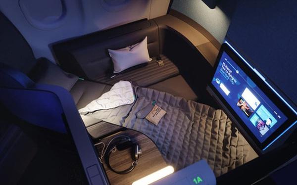"""Ghế máy bay biến thành giường ngủ """"siêu to khổng lồ"""" trên bầu trời"""