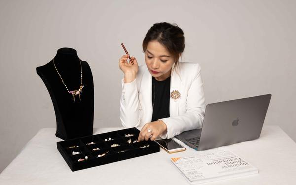 """Nữ CEO Kya Jewel và bí quyết """"ngược dòng"""" phát triển giữa cơn bão Covid 19"""