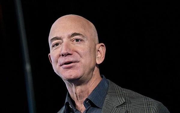 Những tỷ phú thương mại điện tử nổi tiếng thế giới làm giàu như thế nào?